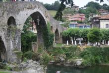 Curiosidad sobre Cangas de Onís (Asturias)