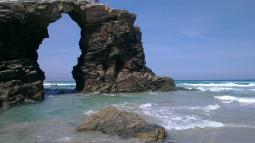 Playa de Galicia ,arco de roca.