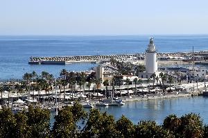 Panorámica del puerto de Málaga
