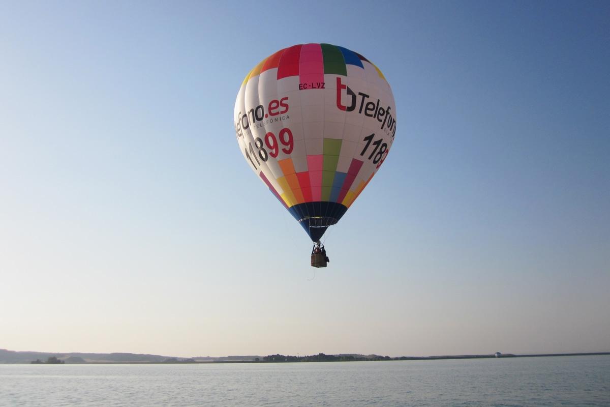 Volando en globo sobre Huesca
