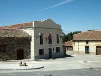 Contactar con el ayuntamiento de  Ortigosa de Pestaño